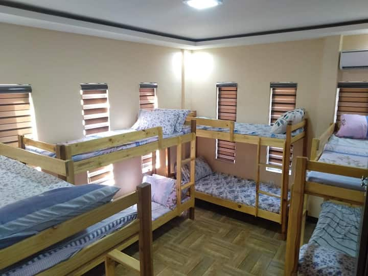 Zyt Bed Spacer Ladies Dorm Birqueza Room Near NAIA