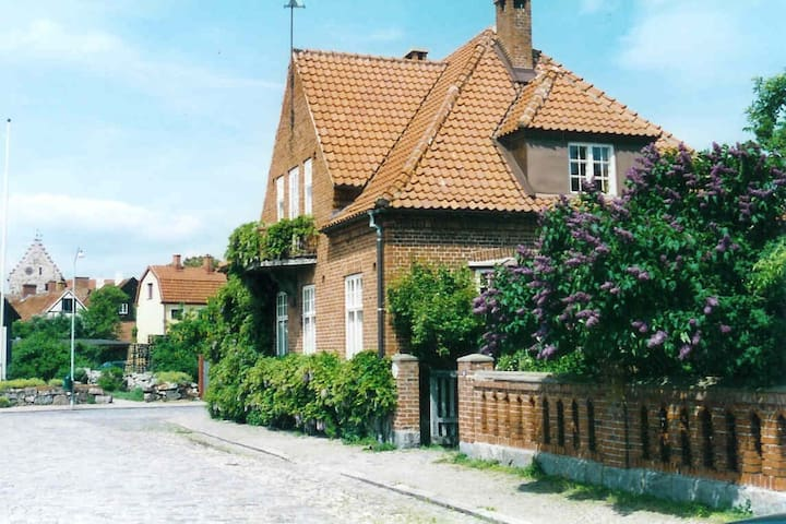 Rosentorgets bed and breakfast - Simrishamn