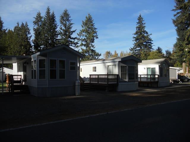 WATERFRONT PARK MINI MOBILE HOME - Arlington - Outros