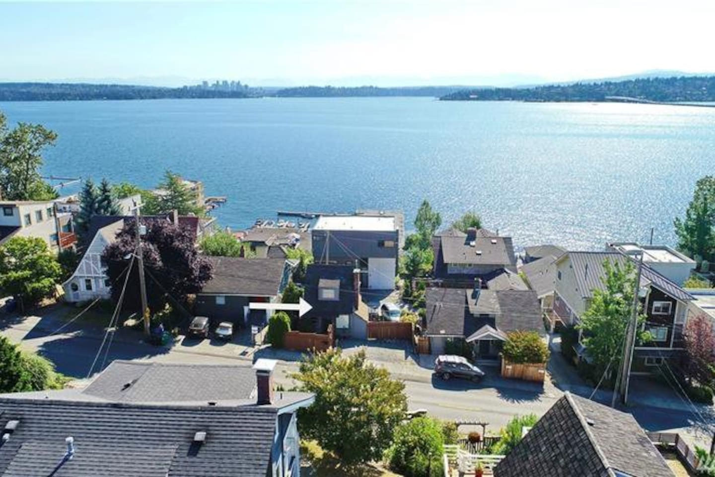 Located 1 block from Lake Washington (white arrow points to house in the picture)