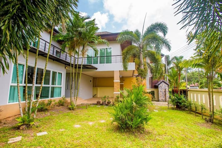 Дом в 400 м от пляжа Бангтао - Villa