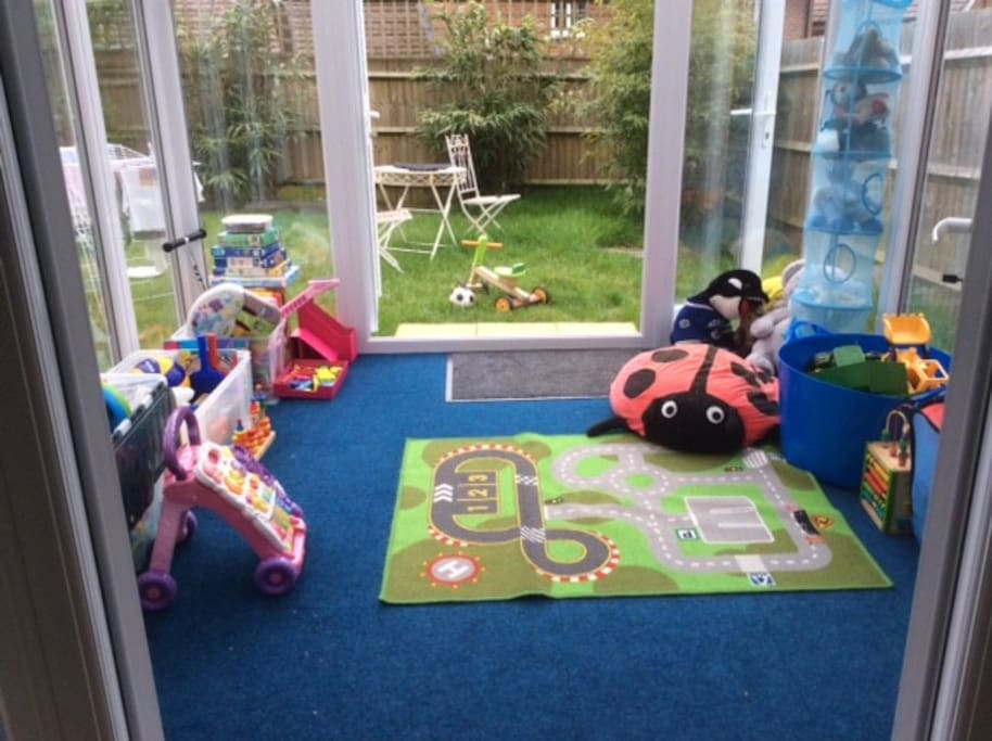 Conservatory - playroom