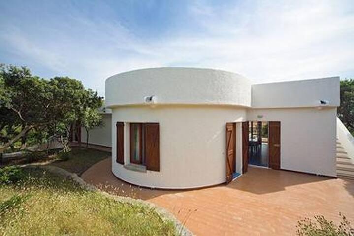 Villa Baia 38- 100 m vom Strand entfernt