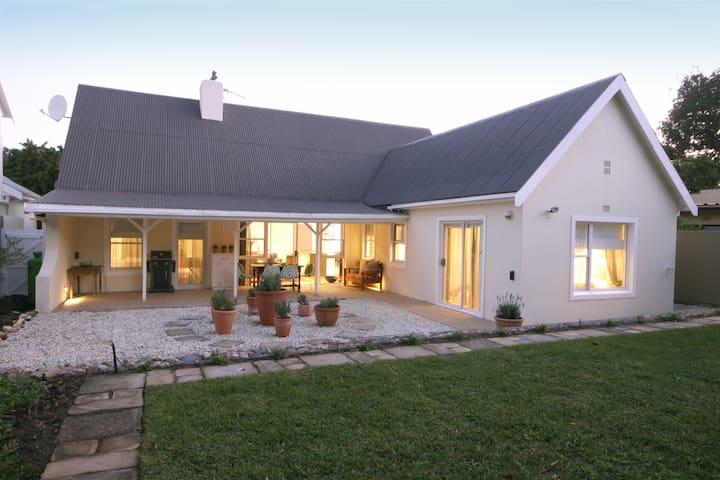 Casa Olivo - Hermanus - Haus