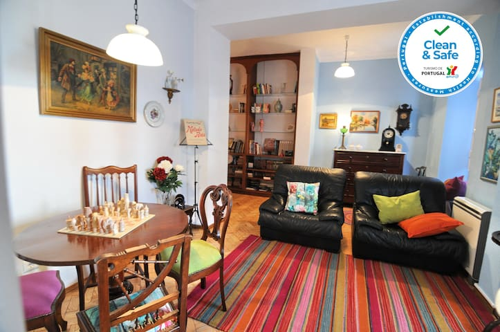Charming House in Historical Town - Casa do Jardim