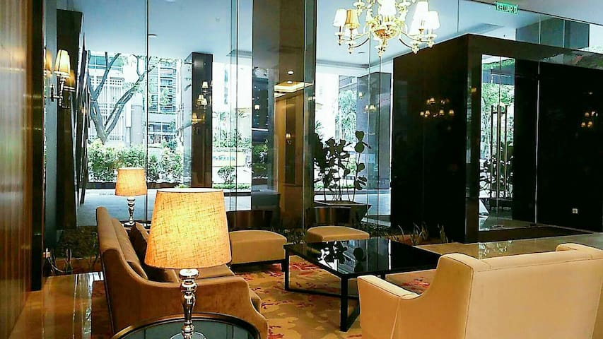 Brand New Luxurious Condo at KL City Centre