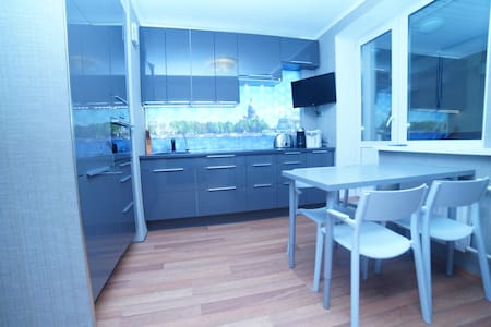 Espèce, nouvel appartement. 26 étag - Sankt-Peterburg - Διαμέρισμα