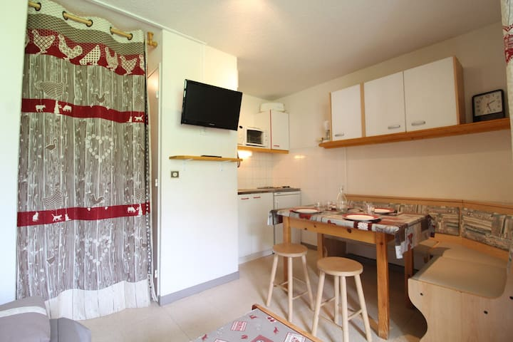 TRB013 Apartment for 4 persons in Val Cenis le Haut