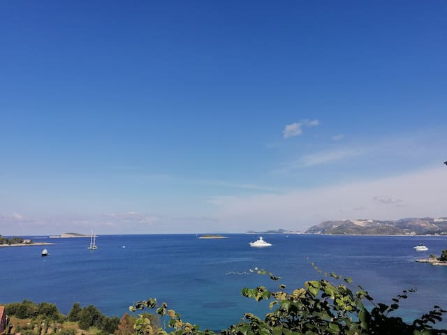Cavtat Villa. Great Views!