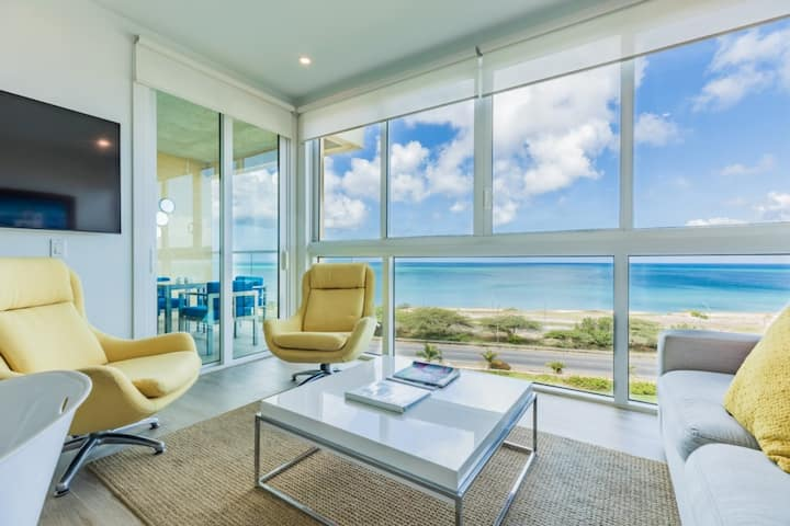Relax in this Ideal Ocean View Apartment 2BDR unit