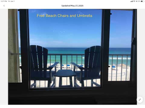Sea La Vie - #415 Private Balcony / Beach Front