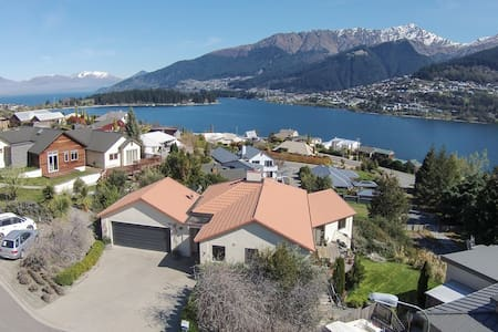 SkyYolo (Single bed from Shared Room) - Queenstown - Bed & Breakfast
