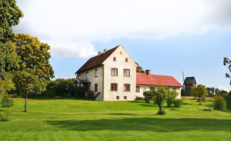 ARENDALE - Gorgeous Farm House from 1700's! - Ljugarn - House