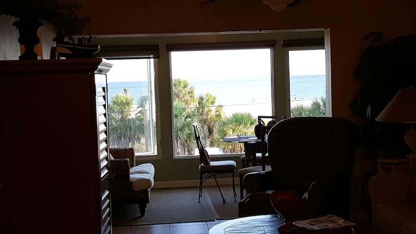 Cozy Romantic Beach Condo- amazing beach views. - Siesta Key - Condo