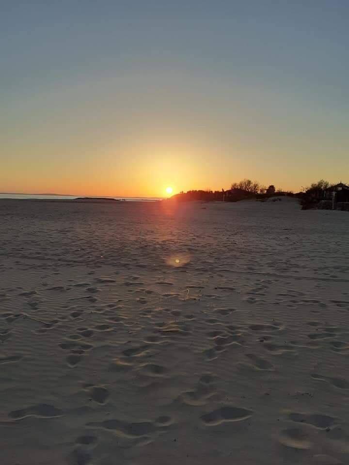 Mobilhome 30 metres de la plage de sables fin