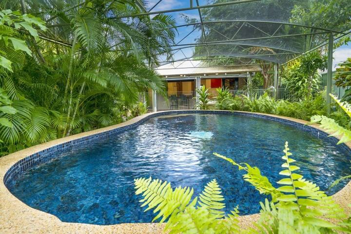 Bambra tropical hideaway