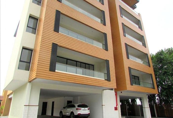 3 bedroom Apartment @ North Ridge , Accra