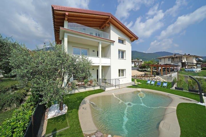 La Luna nel Lago con piscina - Appartamento Riva