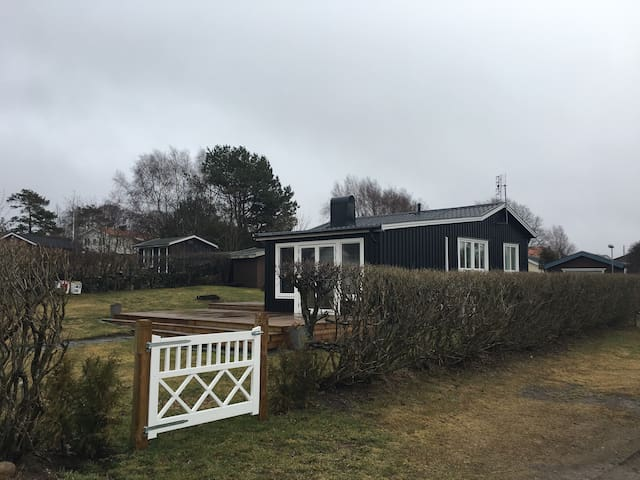 Newly refurbished beach house - Kungsbacka S - Maison
