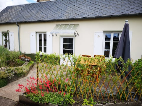 Maisonnette centre ville avec terrasse et jardin