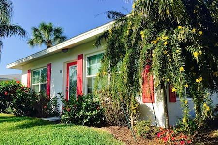 Top 20 englewood vacation rentals vacation homes condo - 20 bedroom vacation rentals florida ...