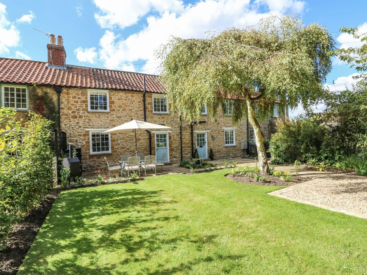 Stone Cottage, a luxurious, newly restored Grade II Listed cottage