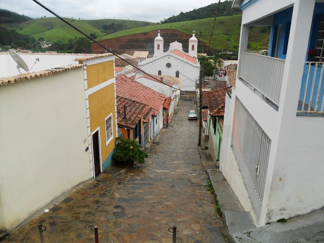 Casa carnaval centro de São Luiz do Paraitinga - São Luís do Paraitinga - Hus
