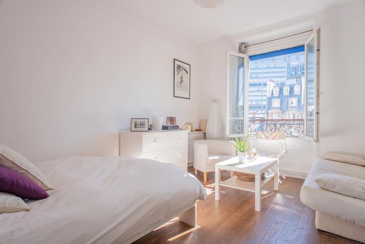 Charming flat next to Montparnasse