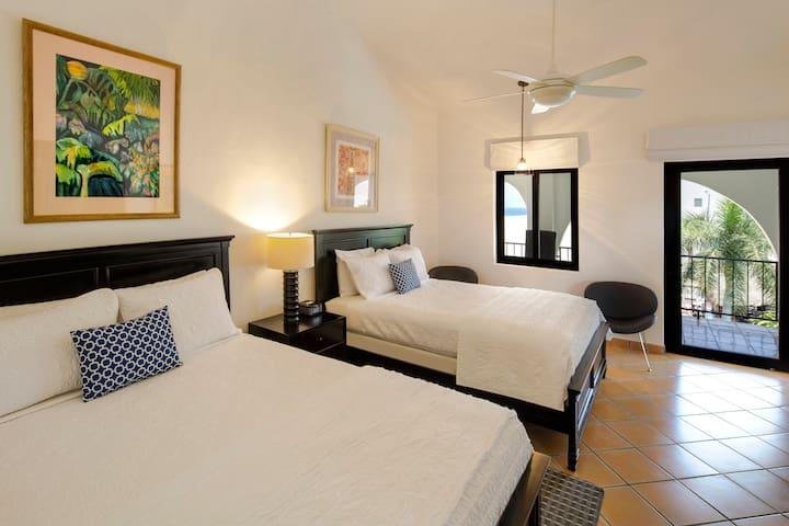 Guest Room Capitan Suite