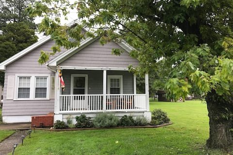 Cottage with Modern Updates - Walk to Waterfront!