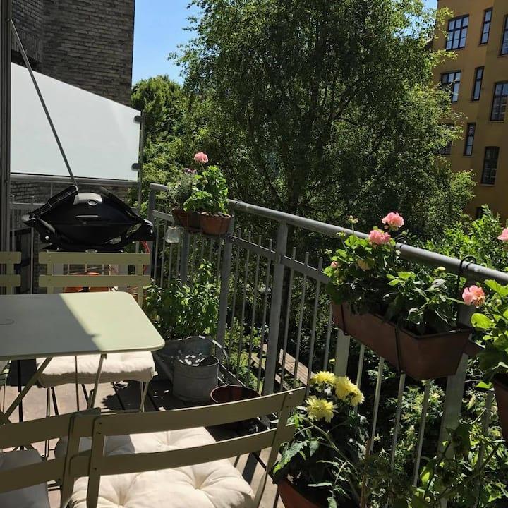 Bright, balcony, beautiful. Frb.C/Vesterbro-area