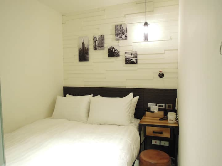 Double Room | 5min MRT | Explore Taipei!