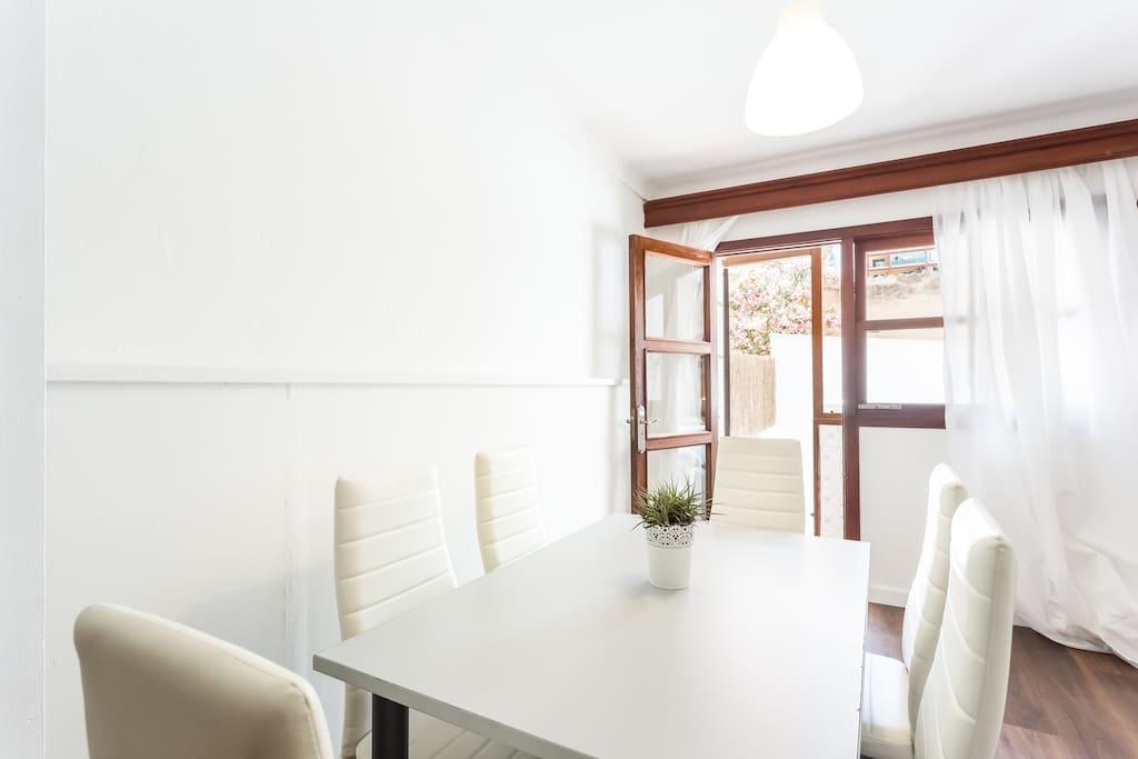 Dining Room (1 apartment)