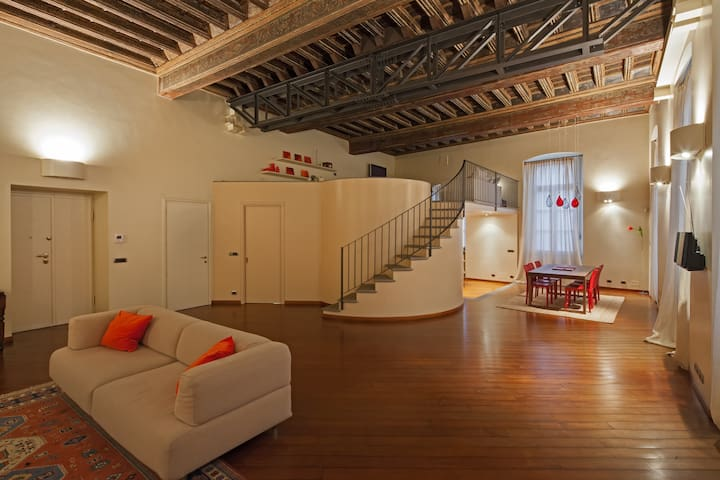 Antica Loggia dei Mercanti - Luxury guest house - Cuneo - Apartment
