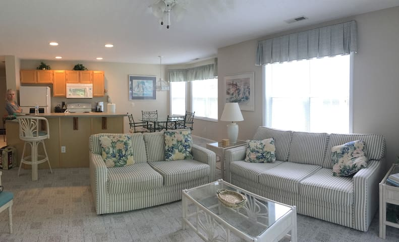 Marsh Winds Condo