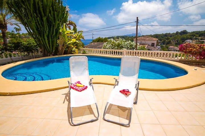 Villa für 4 mit eigenem Pool fußläufig zum Meer - Benissa - Appartement