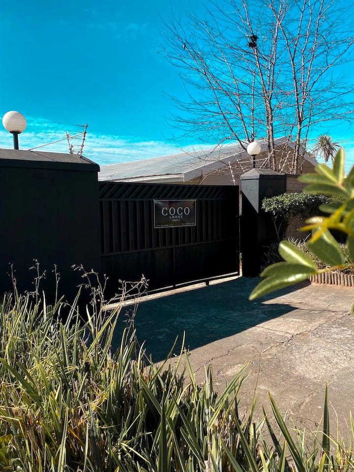 Safe & Central Coco Lodge Mthatha