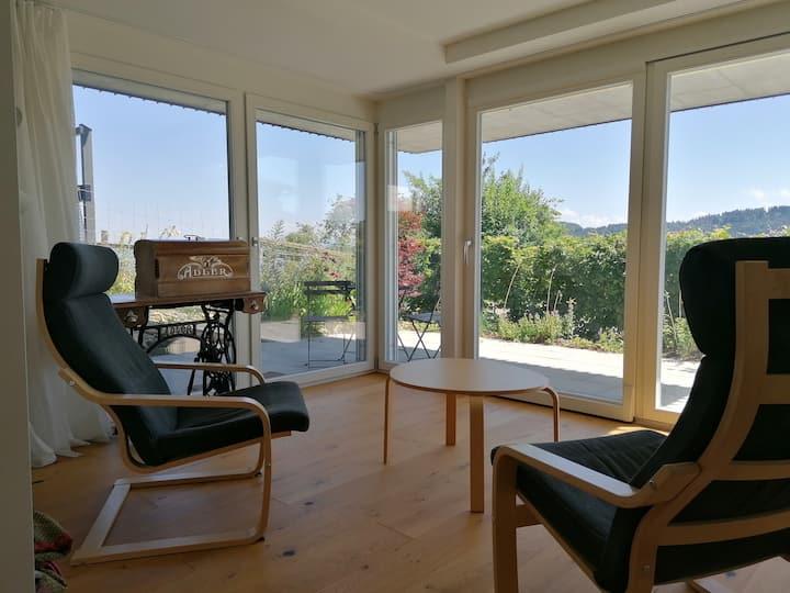 Vegetarisches Studio mit Terrasse und Aussicht