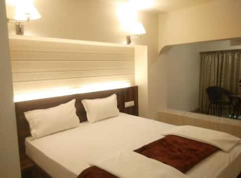 Standard room Ep · Standard Room in Vasai East