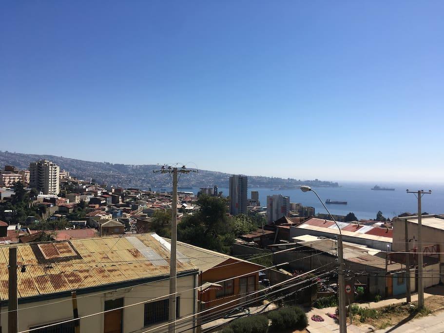 Vista a la bahía de Valparaíso