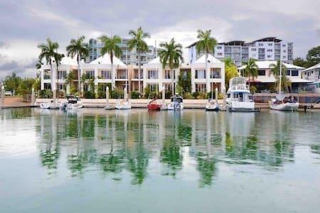 Waterfront Living In Cullen Bay - Larrakeyah