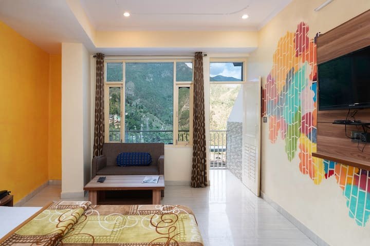 Best stay for backpackers in himalayas