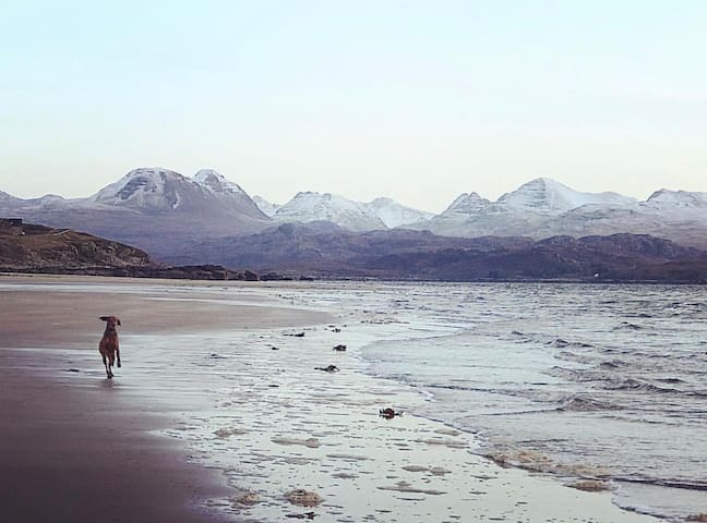 Spectacular beaches 40min drive from Inverness