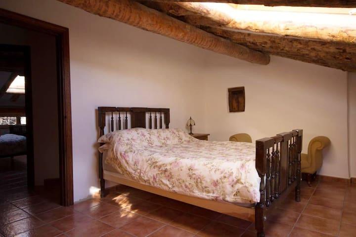 Bedroom 1 /dormitorio 1
