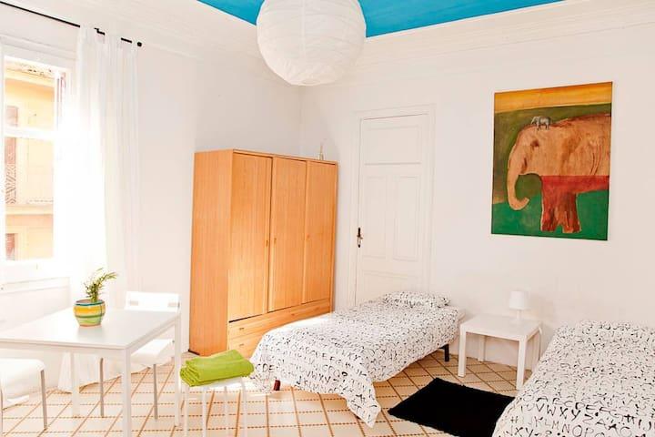 Chambre dans un magnifique appartement au centre d'El Born