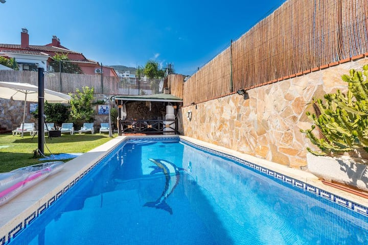 Fantastic Villa 6 people with private pool