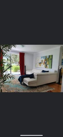 Cosy South Perth Appartment
