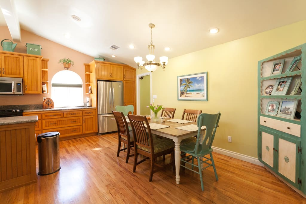 Open Concept Kitchen with beautiful Granite countertops, and all Stainless appliances!
