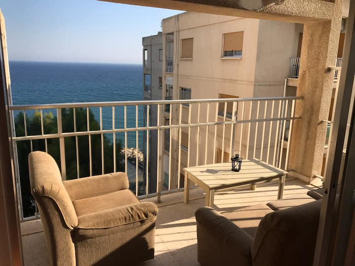 1 Room at the Beach , renovated , tourist area