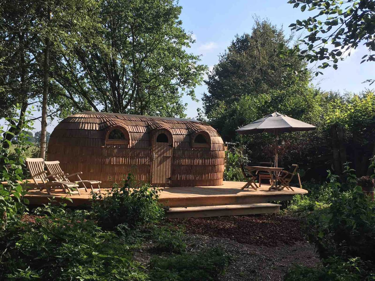"""Nieuw in Nederland """"WOOD-HOUSE + SAUNA back to nature, relaxing experience"""